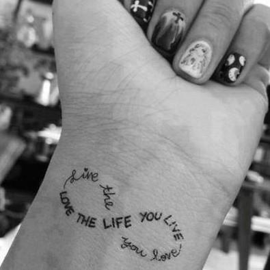 Genialny Pomysł Na Tatuaż Na Tatuaż Zszywkapl