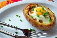 IDAHO SUNRISE  Składniki na dwie osoby:  2 potężne ziemniaki :) 2 jajka 6 pla...
