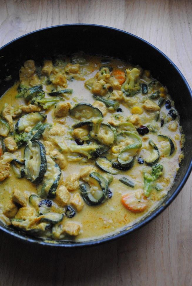curry z kurczakiem i cukinią