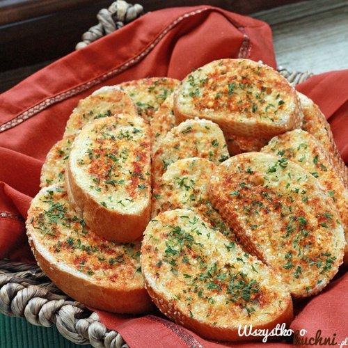 Grzanki czosnkowe, polecam posypane mozzarella lub parmezanem