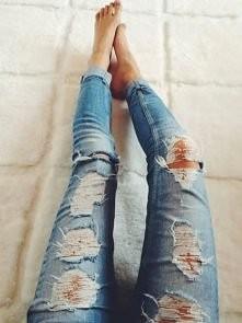 Podarte jeansy. kocham, kocham, kocham, kocham... <3