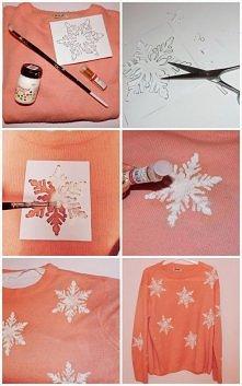 Do zrobienia go potrzebujecie: : swetra, białej farbki do tkanin, odrysowanej...