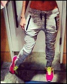 bardzo mi się takie spodnie podobają *.*
