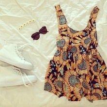 lubię takie motywy chociaż sama bym się tak nie ubrała :)