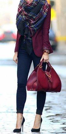 burgund nadal modny