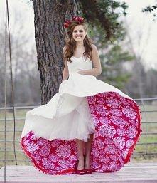 a może takiej sukienki poszukać ? :)