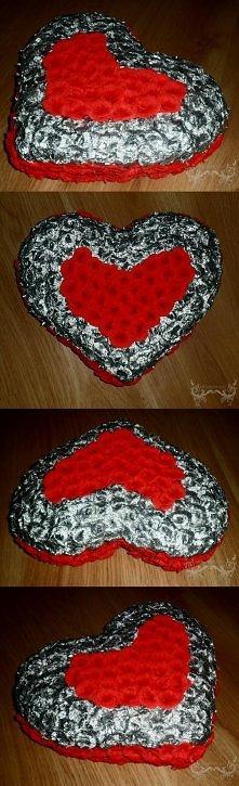 Serce z ponad 250 róż z kre...