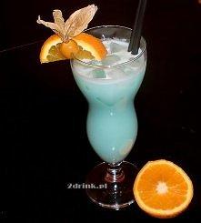 BLUE HAWAIIAN COLADA   Składniki: * 40 ml rumu * 20 ml Blue Curacao (likier) * 30 ml Malibu * 20 ml mleczka skondensowanego * 50 ml soku ananasowego       Przygotowanie:  Składn...