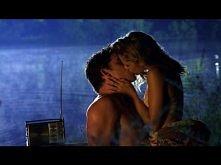 Love&;Honor (Love Scene) Liam Hemsworth,Teresa Palmer