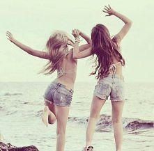 Bo kocham moją przyjaciółkę!