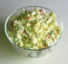 Makaronowa sałatka z brokułami Składniki makaron muszelki, 250 gram brokuły, ...
