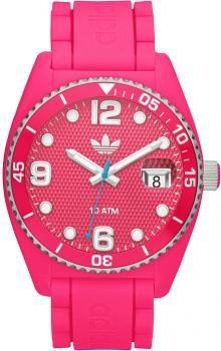 Różowy zegarek Adidas.