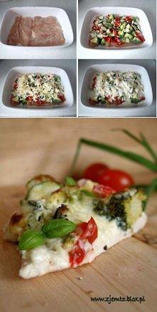 Zapiekanka z kurczaka i warzyw :) Przepis po kliknięciu na zdjęcie.
