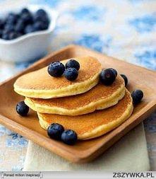 AMERYKAŃSKIE NALEŚNIKI:  Składniki: -3 jajka -1/2 szklanki mąki pszenej -1 ły...