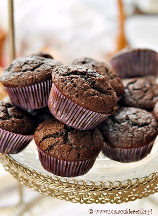 Babeczki czekoladowe najlepsze. Przepis po kliknięciu w zdjęcie.
