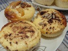 Słodkie serniczki- dietetyczne (6 muffinów)  Składniki: 200g twarogu chudego ...