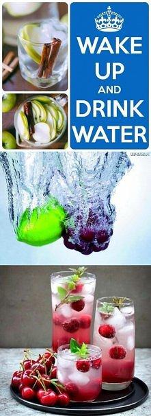 Najważniejsze to nie zapominać o dużej ilości wody codziennie, to niezbędne przy zdrowej diecie :)