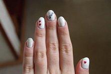 Moje paznokcie, pomalowałam je tak przed Walentynkami, czyli dosyć dawno ;p