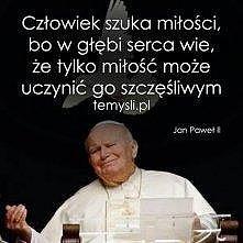 Jestem szczęśliwa że mieliśmy takiego papieża, a teraz świętego :D :* <3