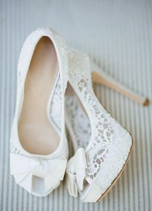 Buty do ślubu.