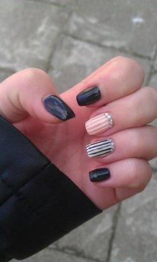 Pomysł na paznokcie żelowe :)