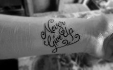 mega czcionka na tatuaż!