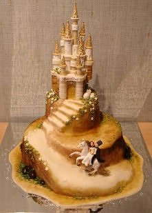 ciekawy pomysł na tort weselny