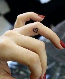 w przyszłości może taki tatuaż będzie widział na moim palcu ale to się jeszcze zobaczy
