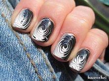 Black and white fingerprint nails - Biało czarny odcisk palca na paznokciach ...