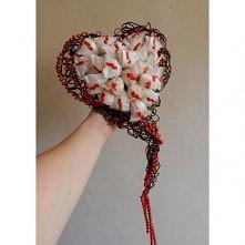 bukiet z rafaello w kreszowanym sercu