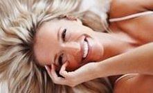 Suche włosy - domowe sposoby + porady  Oto kilka porad, co zrobić, by pozbyć się problemu suchych włosów:   do mycia używaj delikatnych szamponów stosuj kosmetyki przeznaczone d...