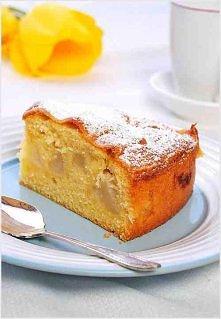 SKŁADNIKI NA CIASTO:  3-4 gruszki, obrane i pokrojone w kostkę  250 g mąki tortowej  250 g masła lub margaryny, temp. pokojowa  skórka z 1 cytryny  250 g cukru  1/4 łyżeczki eks...