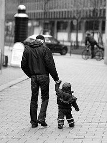 Spacer z tatą.