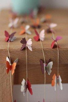 Papierowe motyle są bardzo łatwe w wykonaniu i sprawiają dużo przyjemności :)