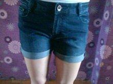 Z starych jeansów :) Przerobić je czy zostawić takie jakie są ? Jeśli przerobić to macie jakie pomysły ? :)