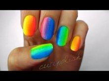 Kolorowe paznokcie :) warto zobaczyć i zrobić :>