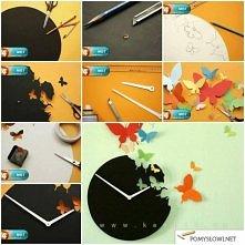 zegar z motylkami