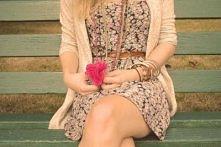 ✔ Sukienka w kwiaty jest niezbędna