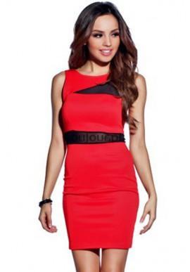 Czerwona mini sukienka z ozdobną siateczką  Czerwona piękność z pazurem.