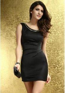 Czarna sukienka z łańcuszkami  Wytworność i elegancja w małej czarnej.