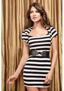 Mini sukienka w czarno-biał...