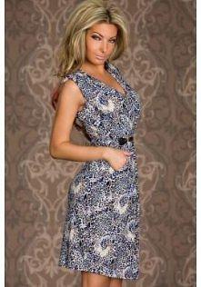 Niebieska sukienka w panter...