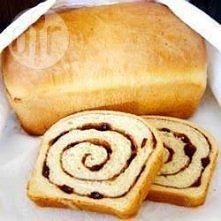 Chleb cynamonowy z rodzynkami