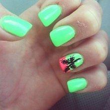Neon beach nails