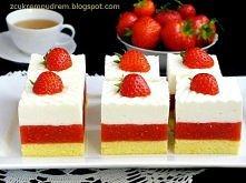 ciasto truskawkowe Irmy Niebiańskie połączenie truskawek z bitą śmietaną....Bardzo proste do zrobienia, pyszne ! Kliknij w zdjęcie, żeby zobaczyć przepis! ;)