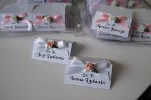 Winietki z kolekcji PASTELS model rose z różową wstążeczką plus winietki dla Młodych annart-atelier.pl