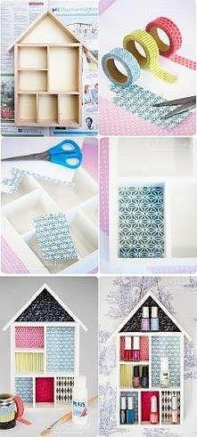 Potrzebne:   Małe i duże pudełeczka  Kolorowe tasiemki  Nożyczki  Klej  Wykonanie:  Klej pudełeczka do dużego pudełka.  Ozdób środki tasiemkami.