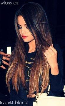 uwielbiam jej włosy <3