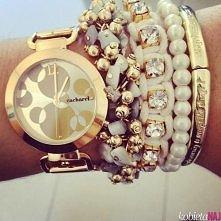 z zegarkiem