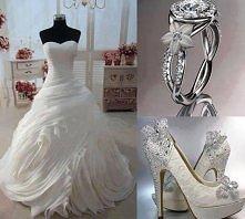 suknia ślubna, buty, pierścionek zaręczynowy